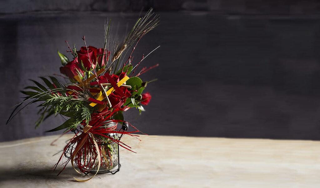En VENTURA Floristes encontrarás las rosas más frescas y de calidad para Sant Jordi.